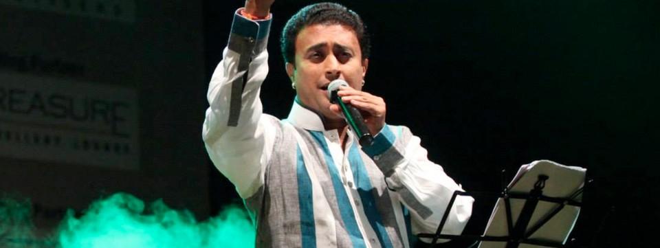 Aavez Darbar