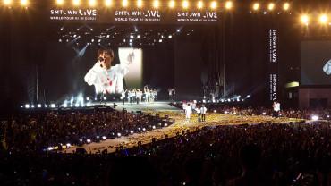 Photo from SMTOWN LIVE WORLD TOUR VI IN DUBAI in Dubai: Gallery Photo 7zg5rn