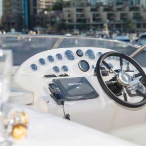 VASSIA Yacht Cruise Rental up to 20 pax in Dubai: Gallery Photo 3yqpqz