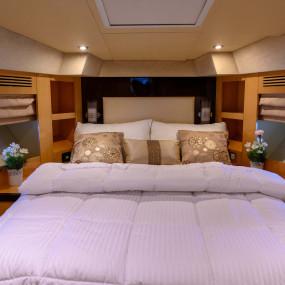 n1e5j3 استديو الصور :دبي في GENESIS Private Luxury Yacht Cruise