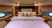 GENESIS Private Luxury Yacht Cruise in Dubai: Gallery Photo n1e5j3