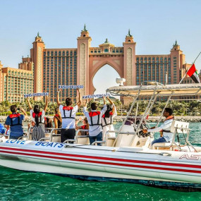 Speed Boat Tour: Dubai Marina, Burj Al Arab, The Palm in Dubai: Gallery Photo 34ejbz