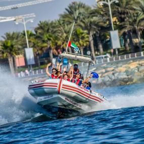 Speed Boat Tour: Dubai Marina, Burj Al Arab, The Palm in Dubai: Gallery Photo zwp6b3
