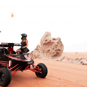 n0dvq3 استديو الصور :الشارقة في Dune Buggy Safari Adventure at Fossil Rock