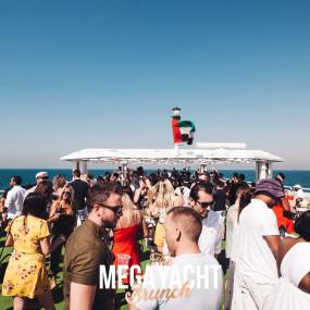 THE MEGA YACHT BRUNCH FRIDAY in Dubai: Gallery Photo 7zgk4n