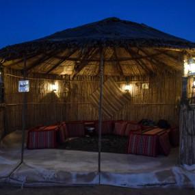 gn0vp3 استديو الصور :دبي في Deluxe Desert Safari with BBQ and Transfer