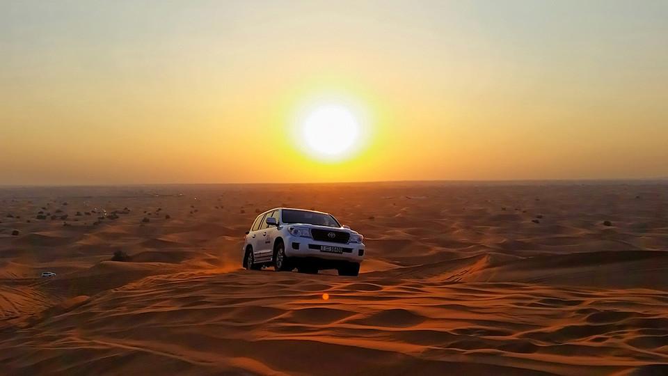 Evening Desert Safari with Dune Bashing & BBQ Dinner,Arabian Desert,Desert safaris