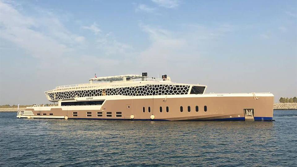 Lotus Mega Yacht Brunch Cruise,Lotus, pier 7, Desert Rose,Yacht Brunches