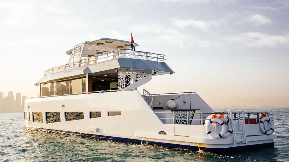 Marina Luxury Yacht Cruise - Morning, Afternoon and Sunset,Xclusive Tours - Dubai Boat Sightseeing Tours,Yacht Cruises